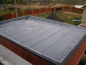 Крыша гаража с рулонным покрытием