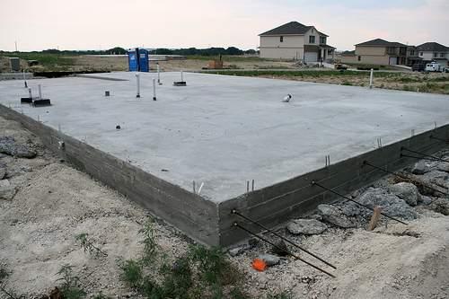 Фундамент плитный для гаража
