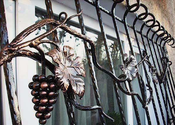 Забор из художественной ковки