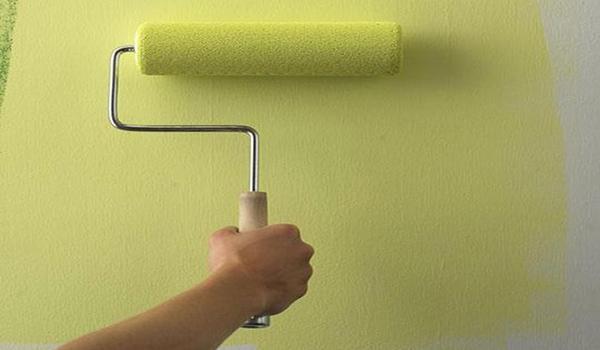 Покраска стен гаража валиком