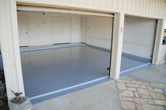 Покрытие в гараже должно иметь высокую прочность и безопасность