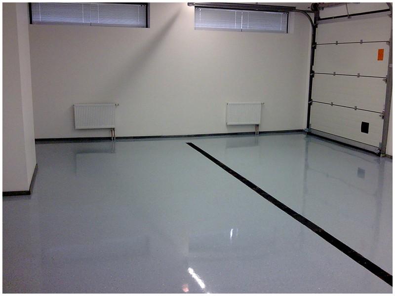 Полимерные наливные полы являются идеальным покрытием для гаражных помещений