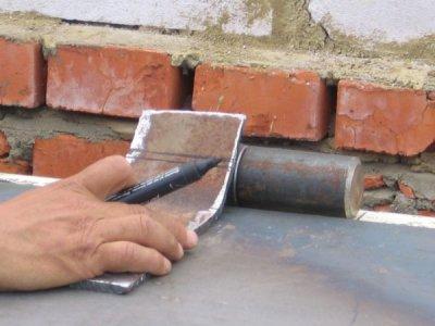 Приварка петли при помощи металлической пластины
