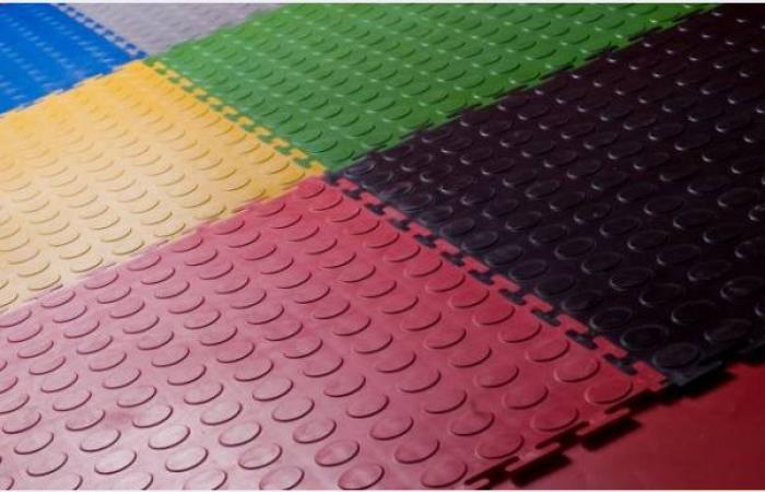 Резиновое покрытие устойчиво к воздействию ГСМ