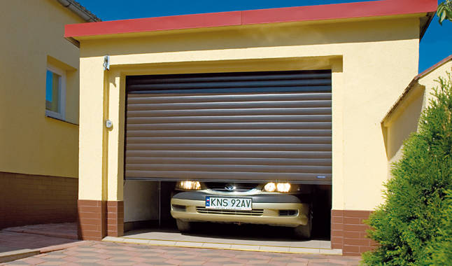 Роллетные гаражные ворота