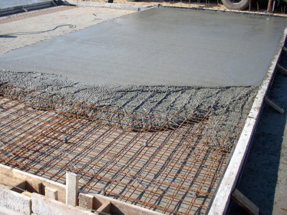 Из какого материала можно построить гараж