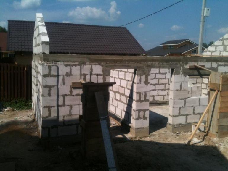 Строительство стен из пенобетона