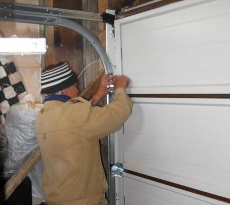 Как собрать гаражные секционные ворота