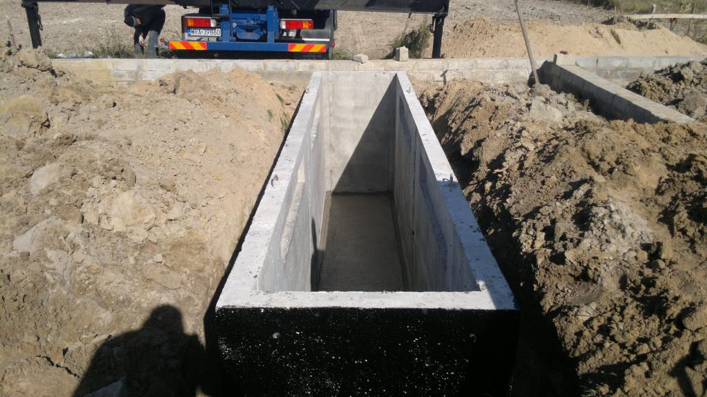 Как сделать смотровую яму в гараже от грунтовых вод 27