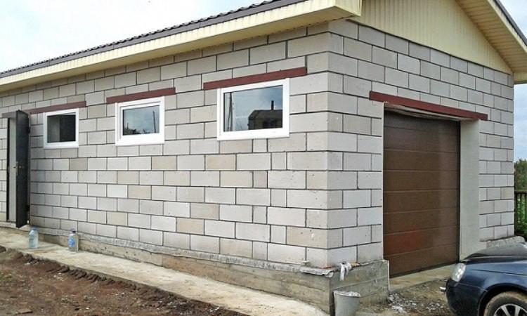 Постройка гаража из керамзитобетонных блоков