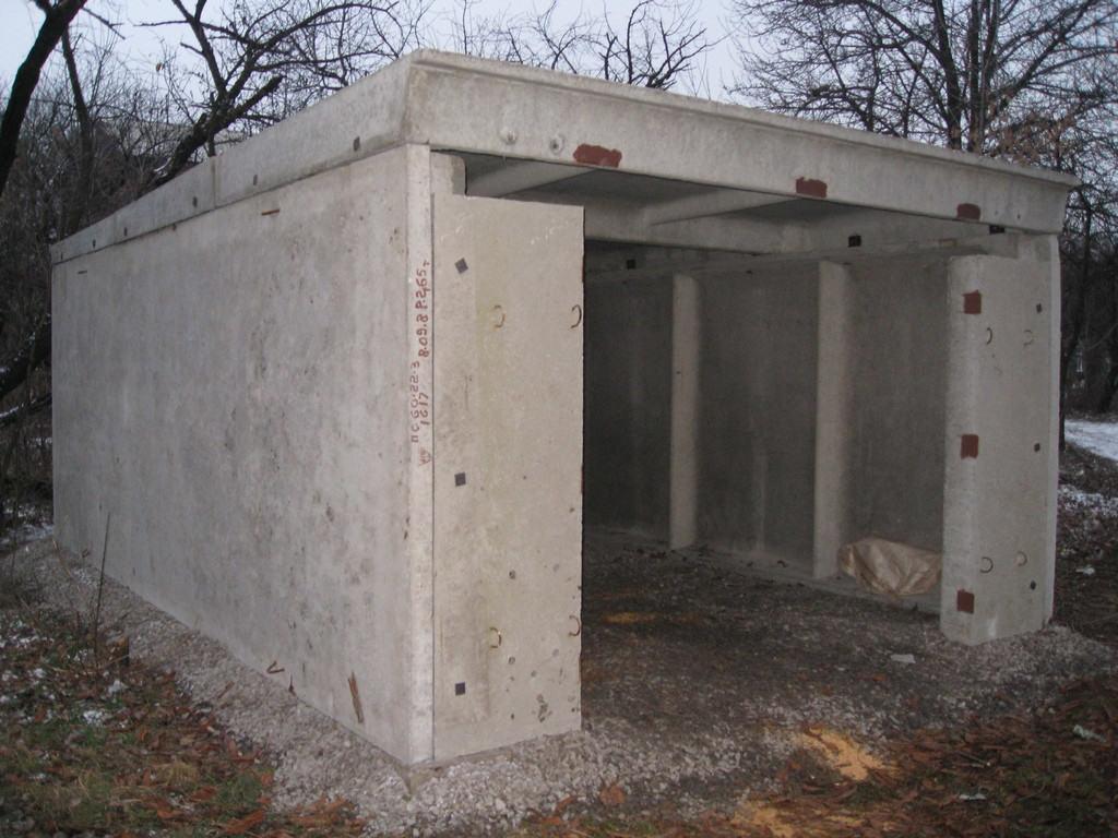 Пример разборной конструкции бетонного гаража