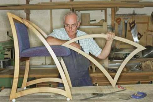 Производство деревянной мебели в гараже
