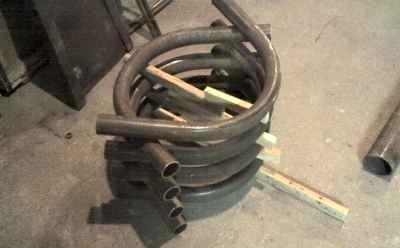 Расположение полых труб для печи