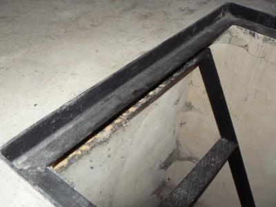 Устройство лестницы в смотровой яме