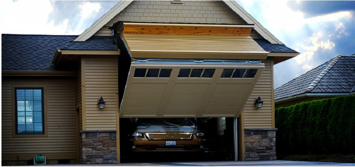 Механические ворота для гаража