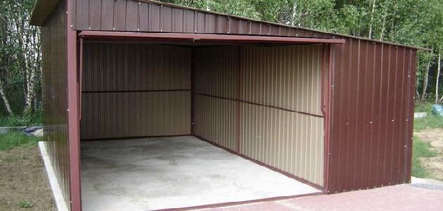 Односкатный гараж из профиля