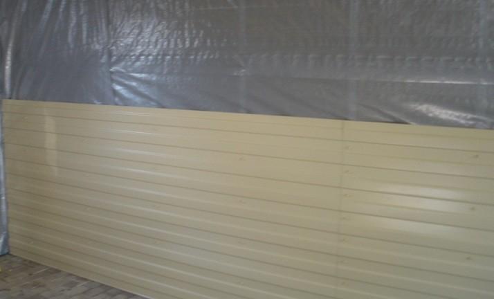 Отделка стен гаража пластиковыми панелями