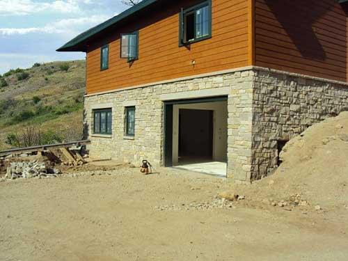Строительство гаража на склоне