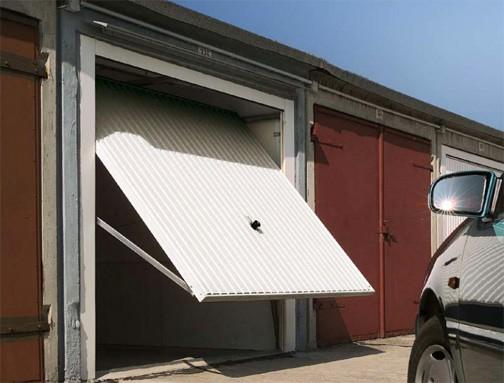 Конструкция гаража с подъёмными воротами