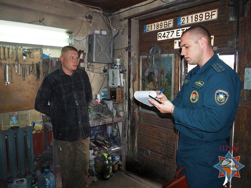 Помощь владельца гаража в поиске взломщиков
