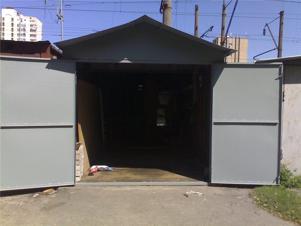Перед погрузкой необходимо освободить гараж от содержимого.