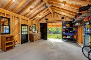 Любителям деревянных интерьеров посвящается