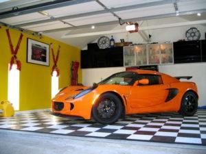 082002_161_co-exige-garage
