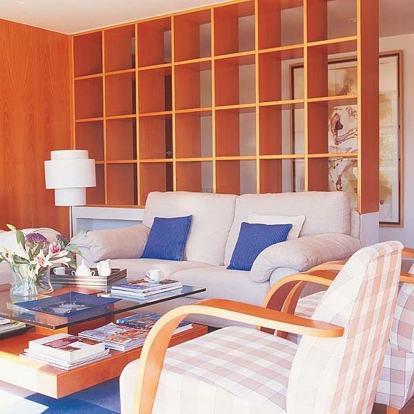 Деление гостиной на два помещения