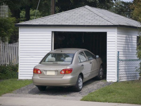 После окончания строительства гаража необходимо получить разрешение на ввод его в эксплуатацию.