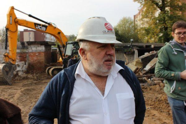 Руководство строительной фирмы, претендующей на земельный участок под гаражом, самостоятельно выстраивает отношения с собственниками.