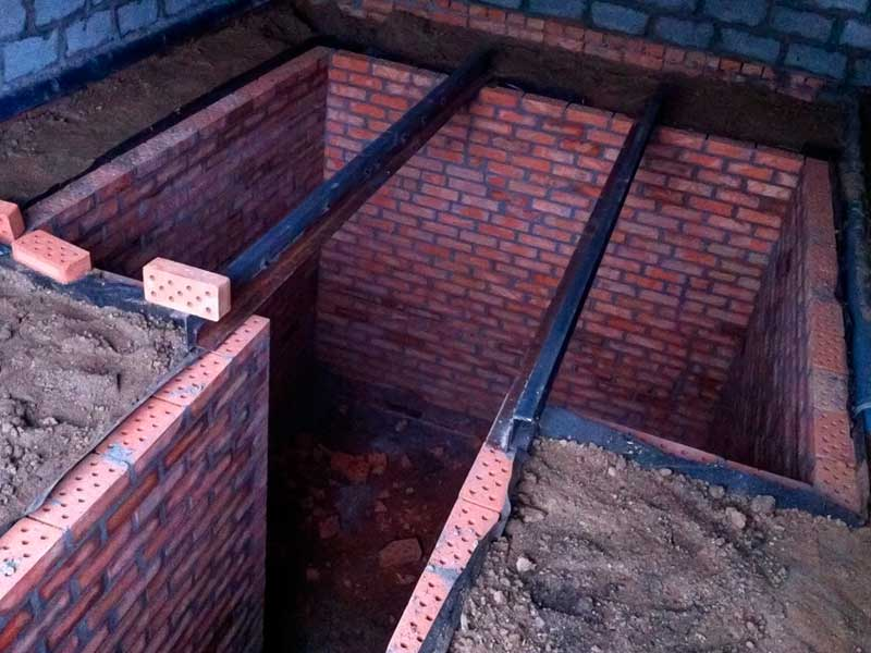 Gradnja garaže s kletjo