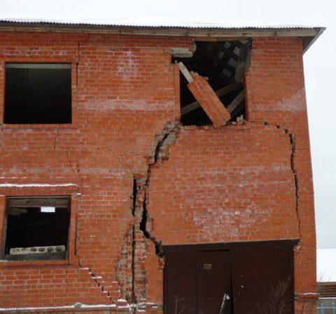 Слабый фундамент для строения