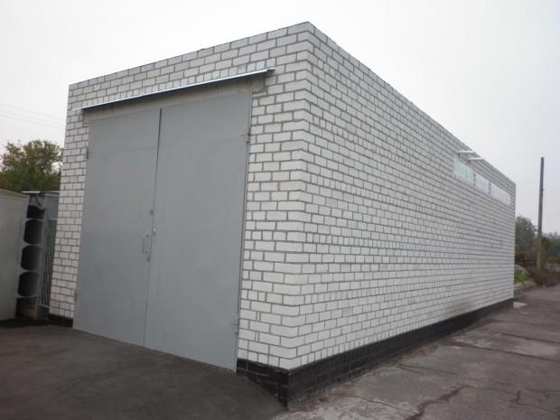 сколько стоит построить кирпичный гараж
