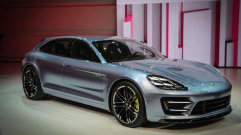 Porsche Panamera Sport Turismo − класс F