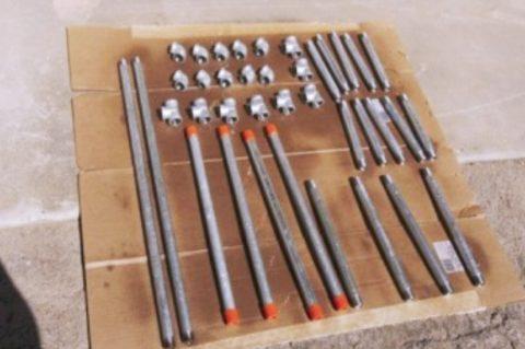 Для изготовления стеллажа понадобятся трубки и фитинги