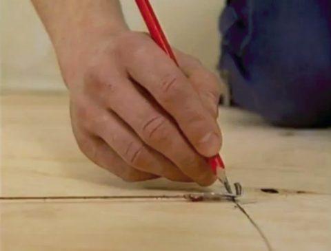 Разметьте листовой материал для раскройки