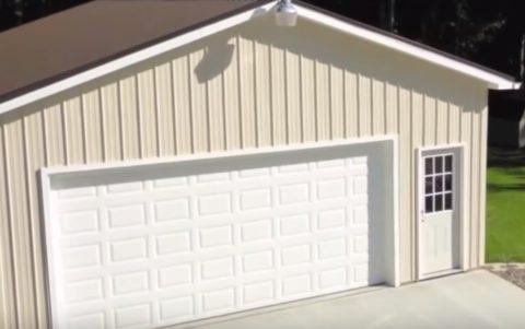Такой гараж не только удобен, но и выглядит отлично