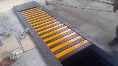 Защитная конструкция для ямы